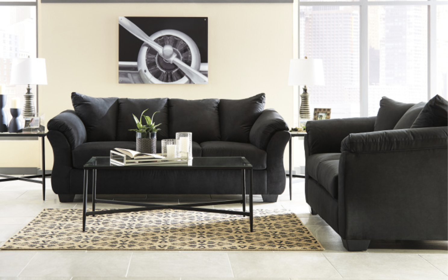 750 Sofa and Loveseat (Black)